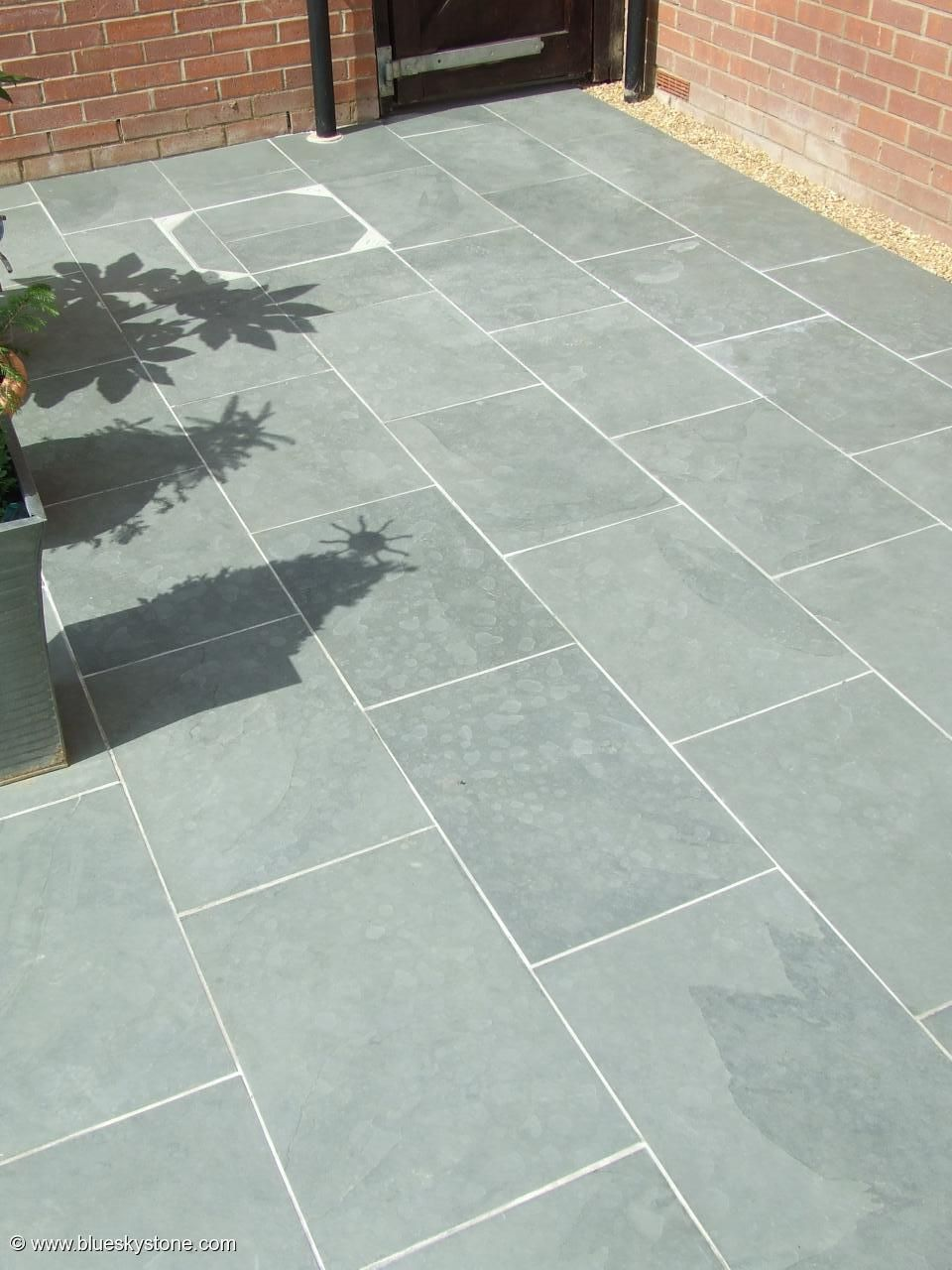 Grey blue brazilian slate paving patio garden slabs tiles for Terrace tiles