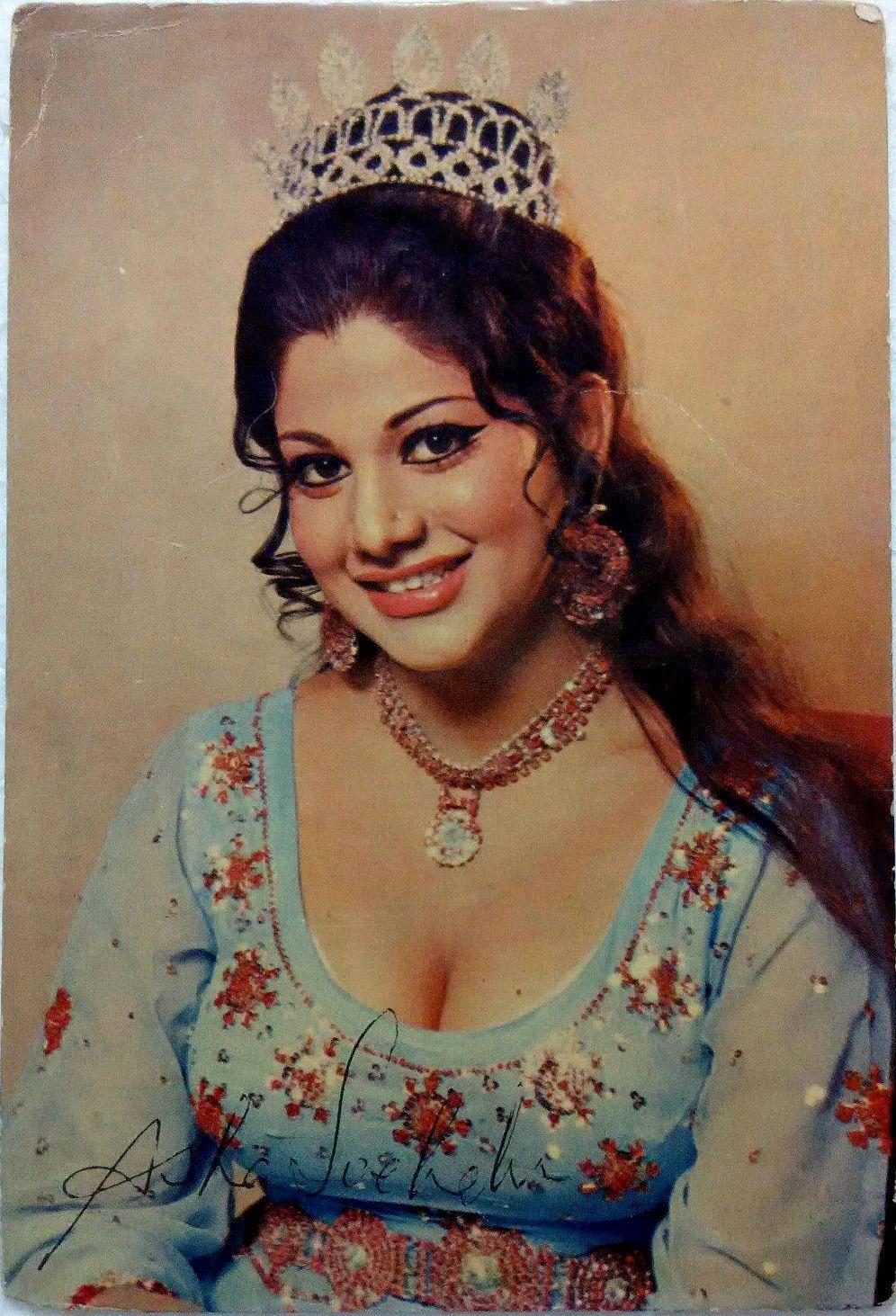 Asha Sachdev | Bollywood | Indian actresses, Beautiful indian
