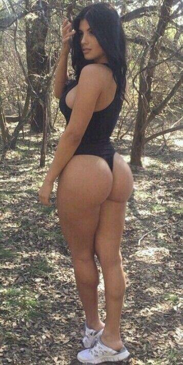 Big tits mature women orgasms