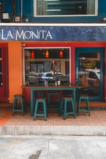 Where to Eat in Mahatun Plaza La Monita, Black Box, Boarding Time