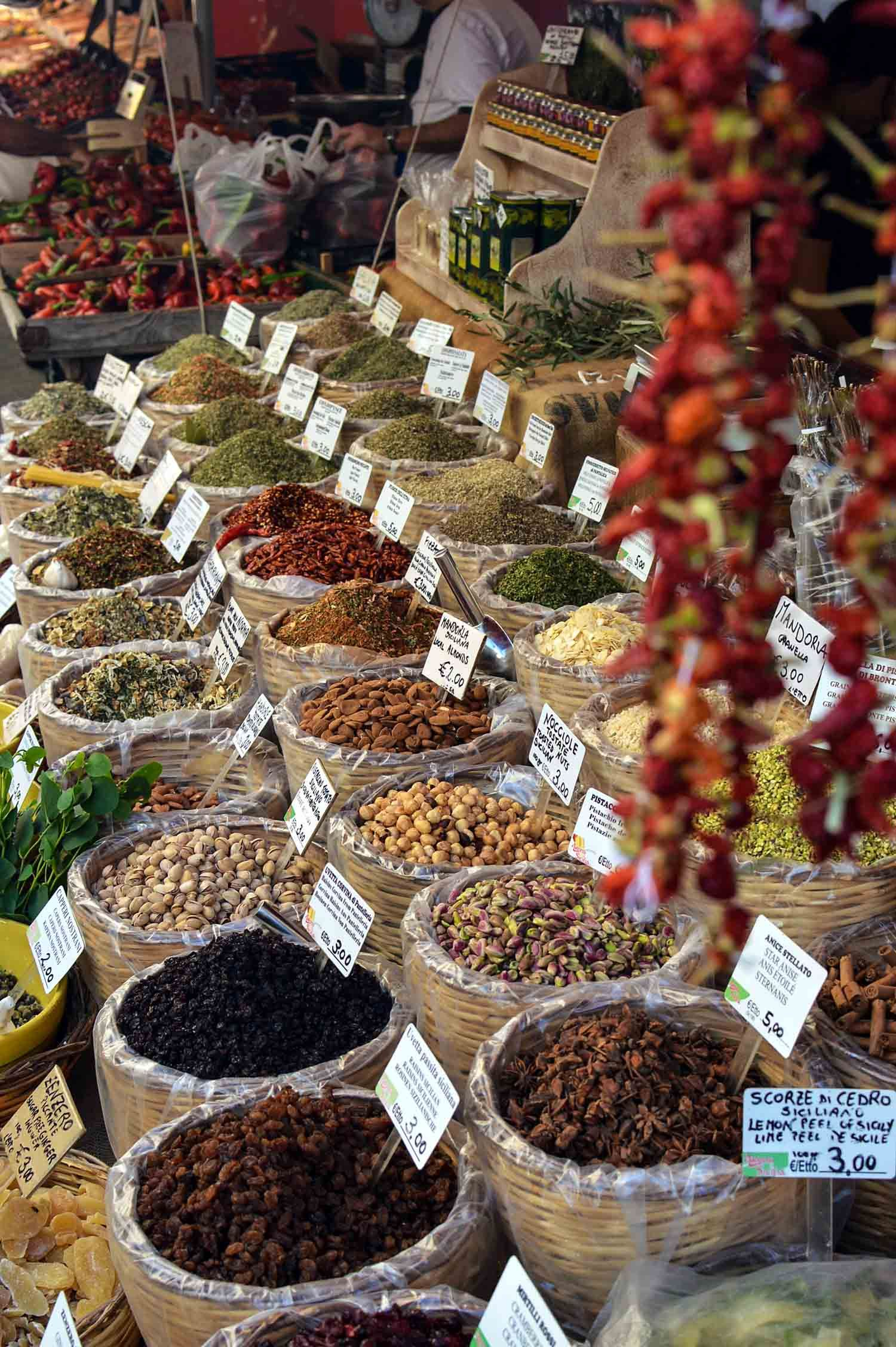Enliven your senses at the market in Siracusa, Sicily   heneedsfood.com