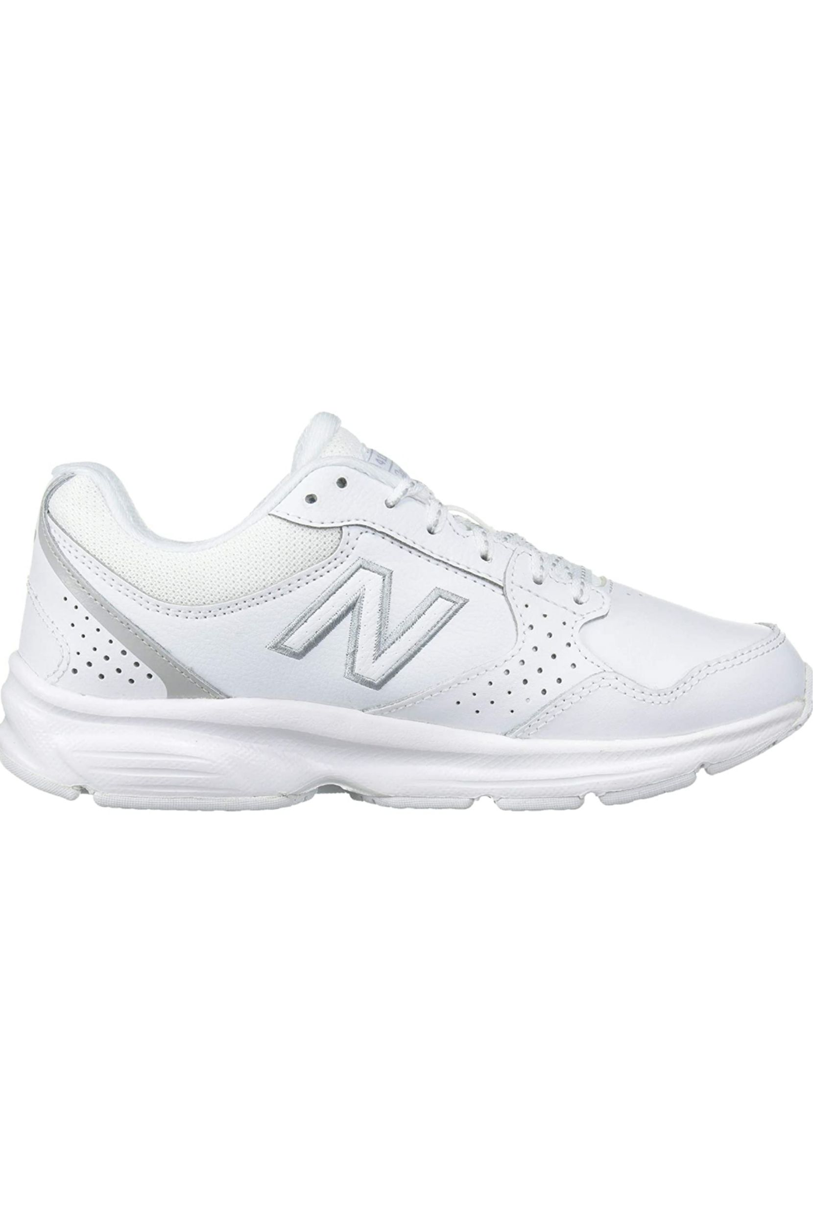 Sangriento Aceptado Tahití  New Balance Women's 411 V1 Walking Shoe. in 2020 | Cute addidas shoes,  Winter fashion shoes, New balance women