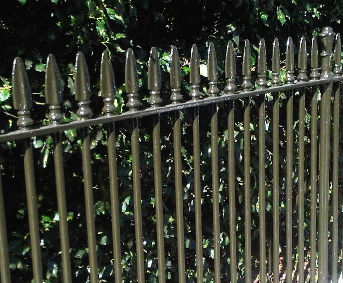 Paint Colors For Iron Gates And Fences With Images Iron Gates