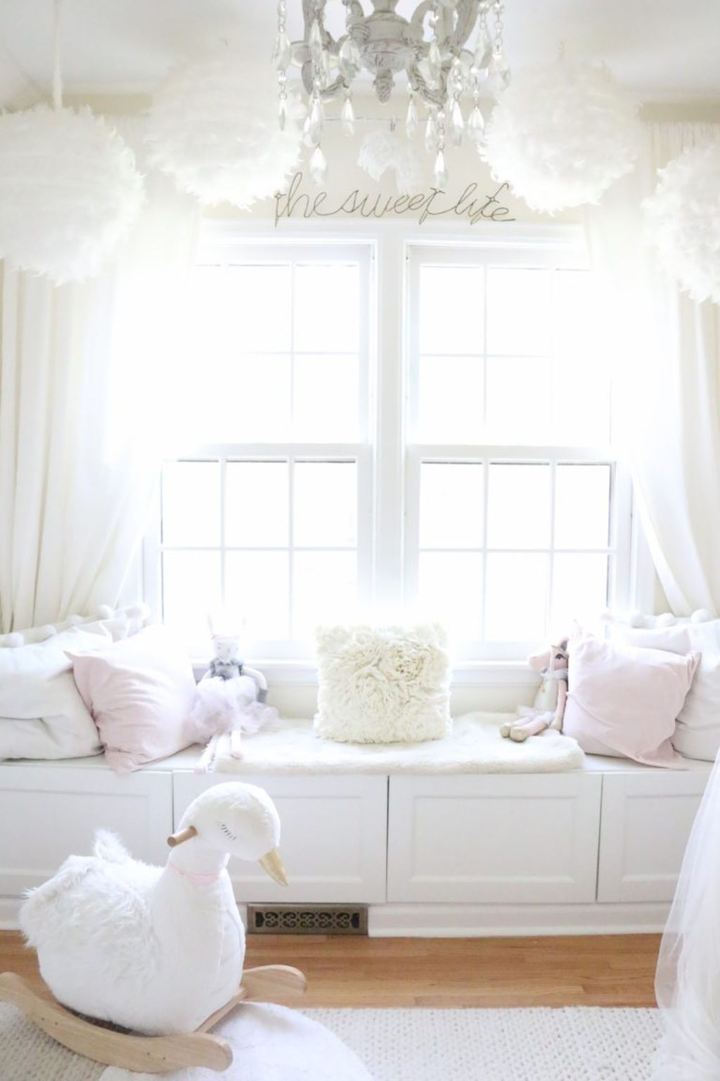 awesome 70 Beautiful White Shabby Chic Living