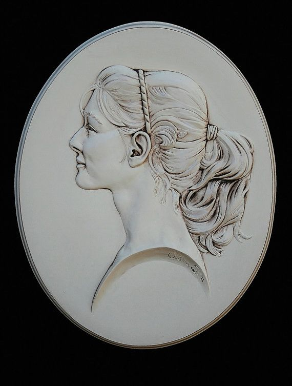 Custom, commissioned bas-relief cameo portrait. Great gift for family!