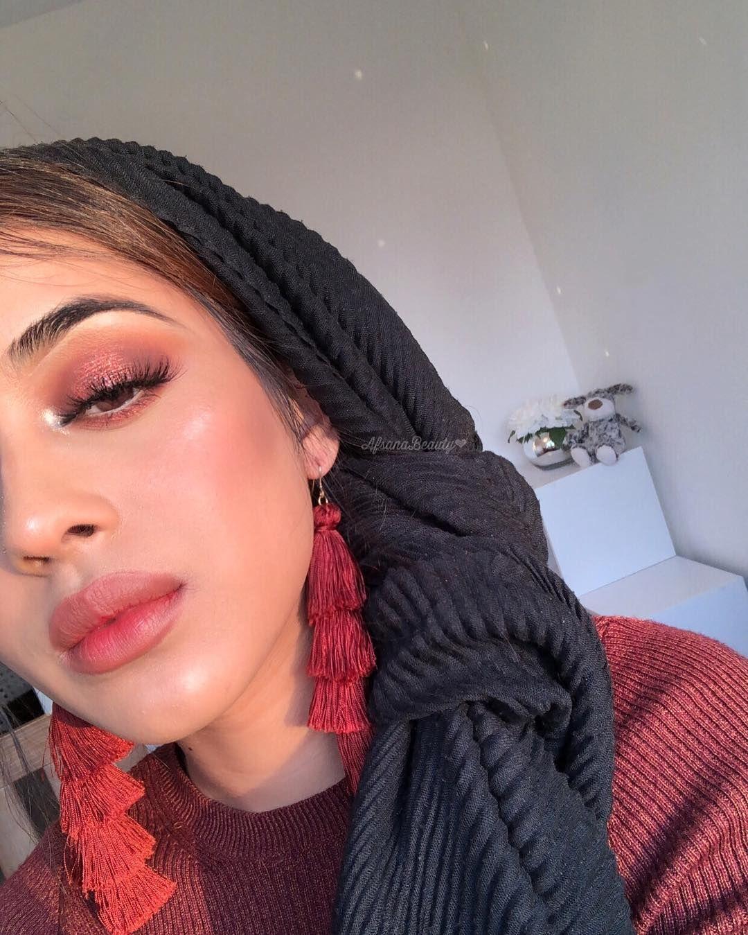 Follow me to beauty! Ashley Kalon Found kalonfound