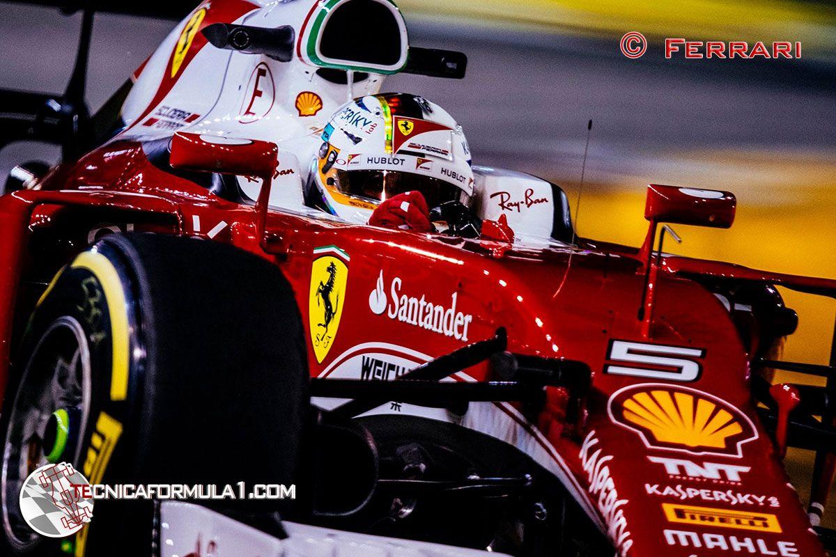 Vettel se divierte  #F1 #SingaporeGP