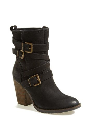 Free shipping and returns on Steve Madden 'Yale' Belted Boot (Women) at Nordstrom.com. A stacked-heel boot cut from supple leather is corseted with a bevy of belts for authentic, casual style. <br><br>Stay a step ahead in Steve Madden's trend-leading styles and easy-to-wear silhouettes. Inspired by rock and roll and fused with a jolt of urban edge, Madden creates products that are innovative, sometimes wild and always spot-on-chic.