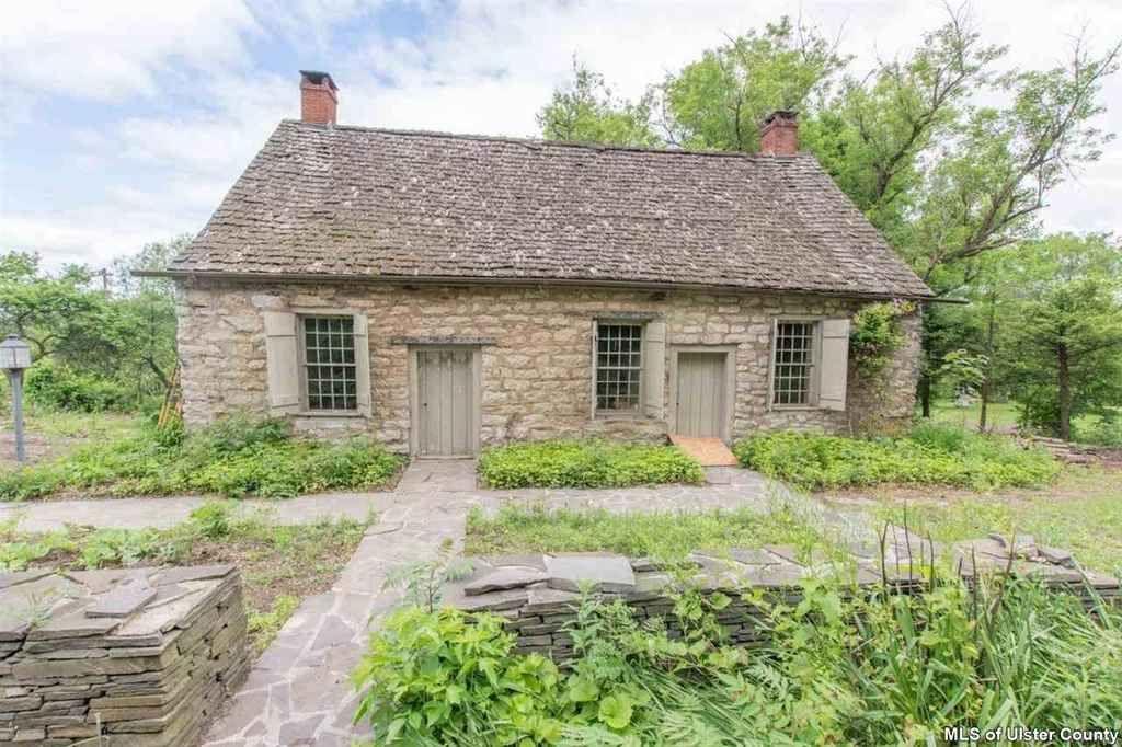 1726 kingston ny 260000 old house dreams old