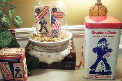using old tins in decorating....http://picketsplace.blogspot.com