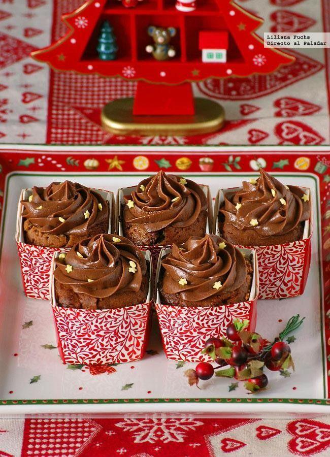 Receta de cupcakes de chocolate y miel navideños. Con fotos paso a paso, consejos y sugerencias de degustación. Recetas de dulces de Navidad. Pos...