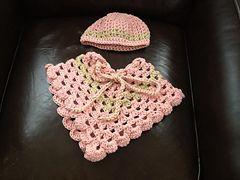 Baby poncho pattern by bobwilson123 | baby | Baby poncho