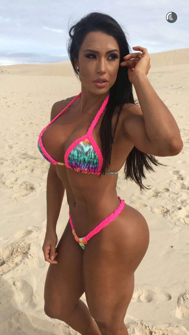 Cluba sexy brasileña