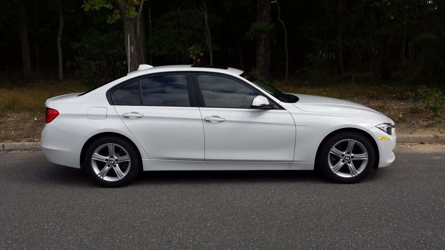 2014 BMW 320i Huper Optik Xtreme 5 on the rear and 50 on