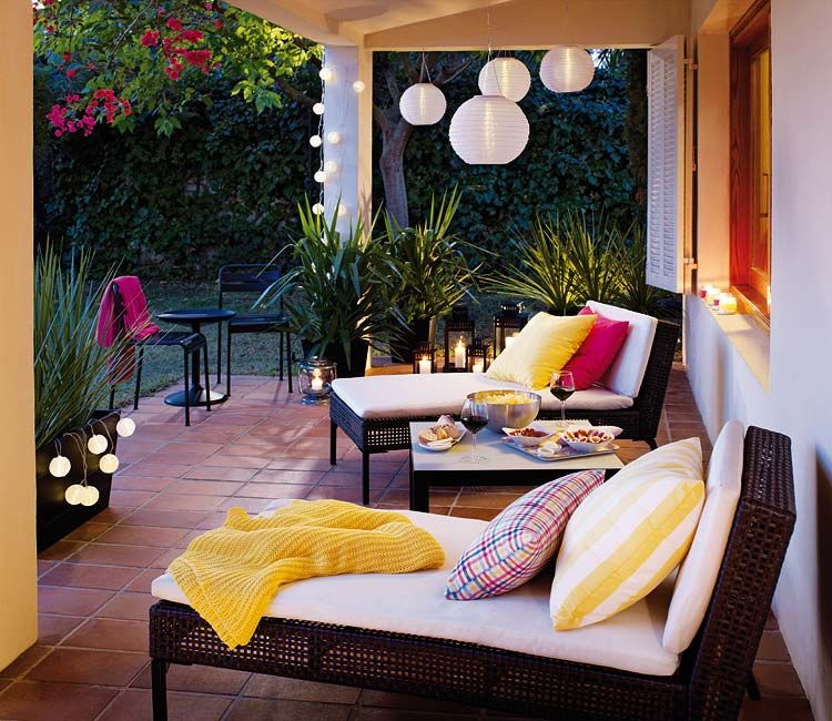 Terrazas Y Jardines Micasa Revista De Decoracion Buitenkamers Nacht Tuin Tuin Lantaarns