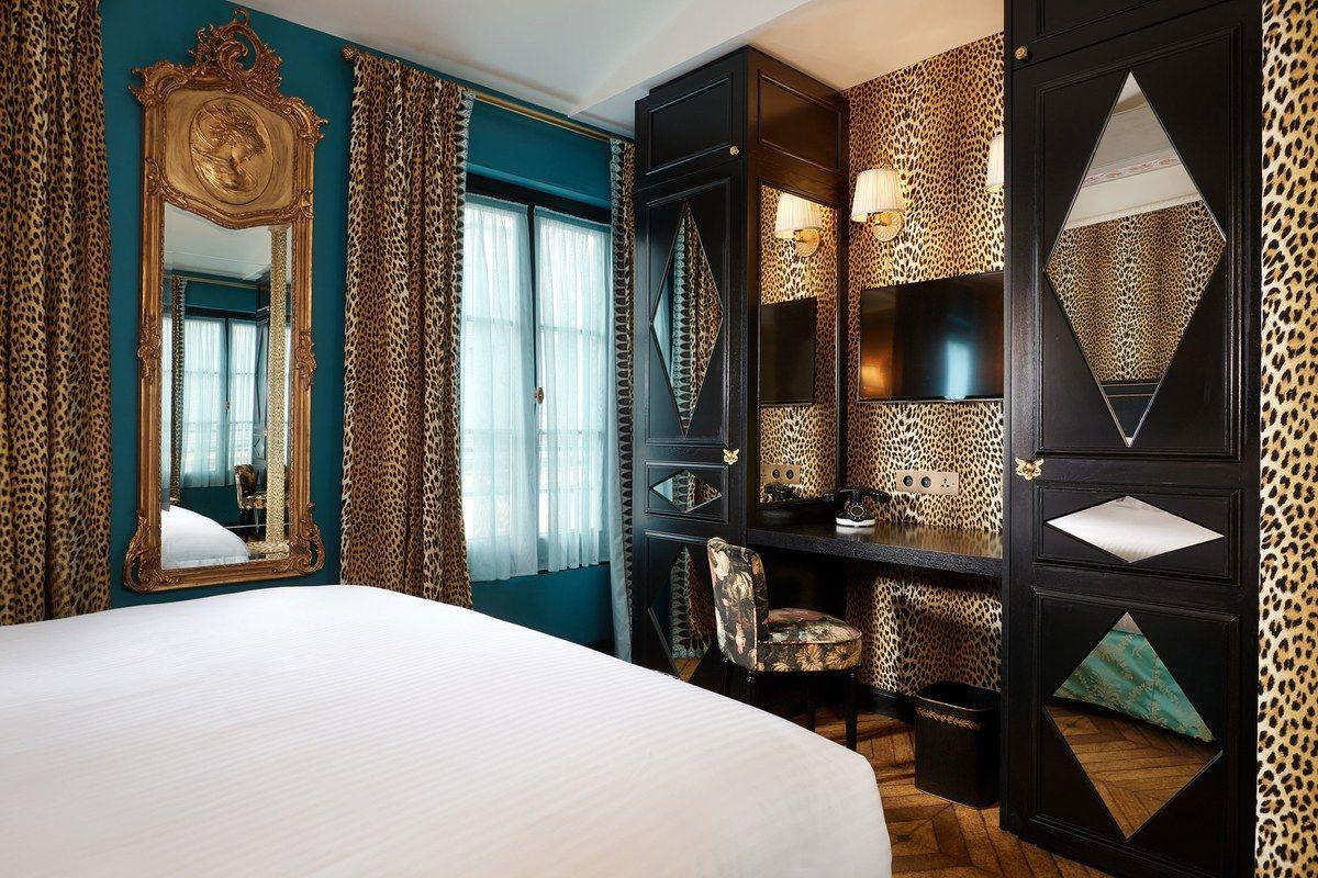 Parisu0027s newest boutique hotel is full of
