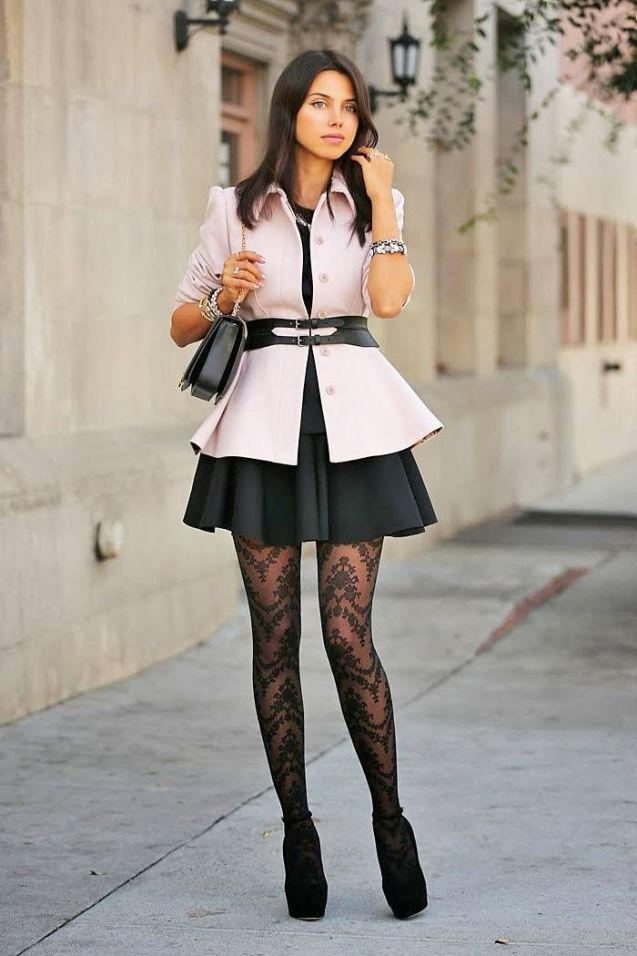 17 Ways How to Wear Patterned Tights and Look Fabulous