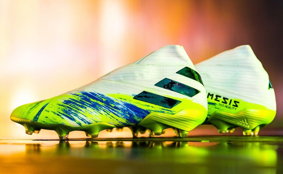 700 idées de Adidas en 2021 | chaussure, chaussure de foot ...