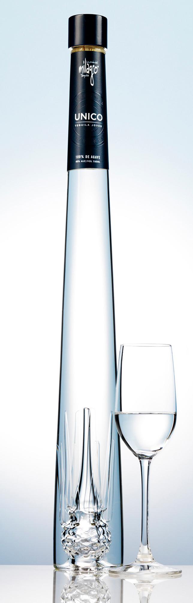 milagro tequila originale cette bouteille le verre est. Black Bedroom Furniture Sets. Home Design Ideas
