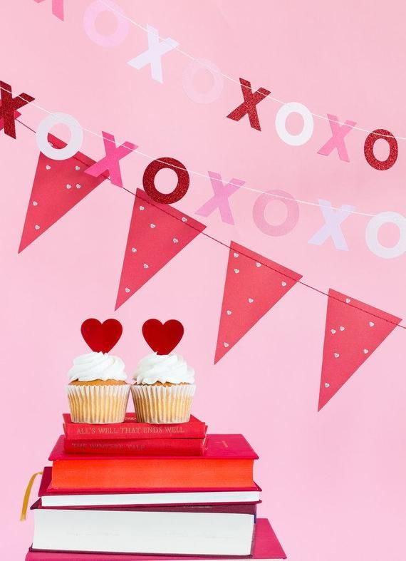 Valentine Xoxo Banner Red Heart Pennant Banner Red And Pink