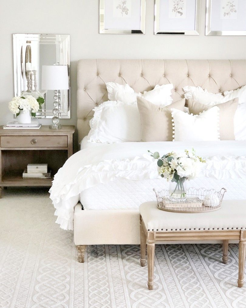 46 Cozy Bedroom Decorating Ideas For Romantic Couple Bedroomdecor Bedroom Bed Stylish Master Bedrooms Simple Bedroom Master Bedrooms Decor