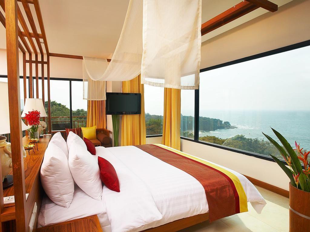 Таиланд, Паттайя 34 500 р. на 12 дней с 15 сентября 2017 Отель: Cosy Beach Hotel 4* Подробнее: http://naekvatoremsk.ru/tours/tailand-pattayya-454