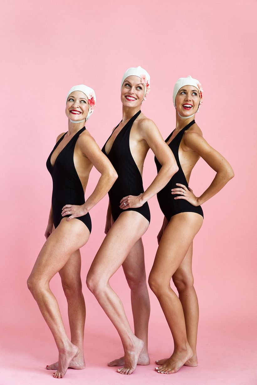 Diy Synchronized Swimmers Group Costume Diy Halloween Costumes
