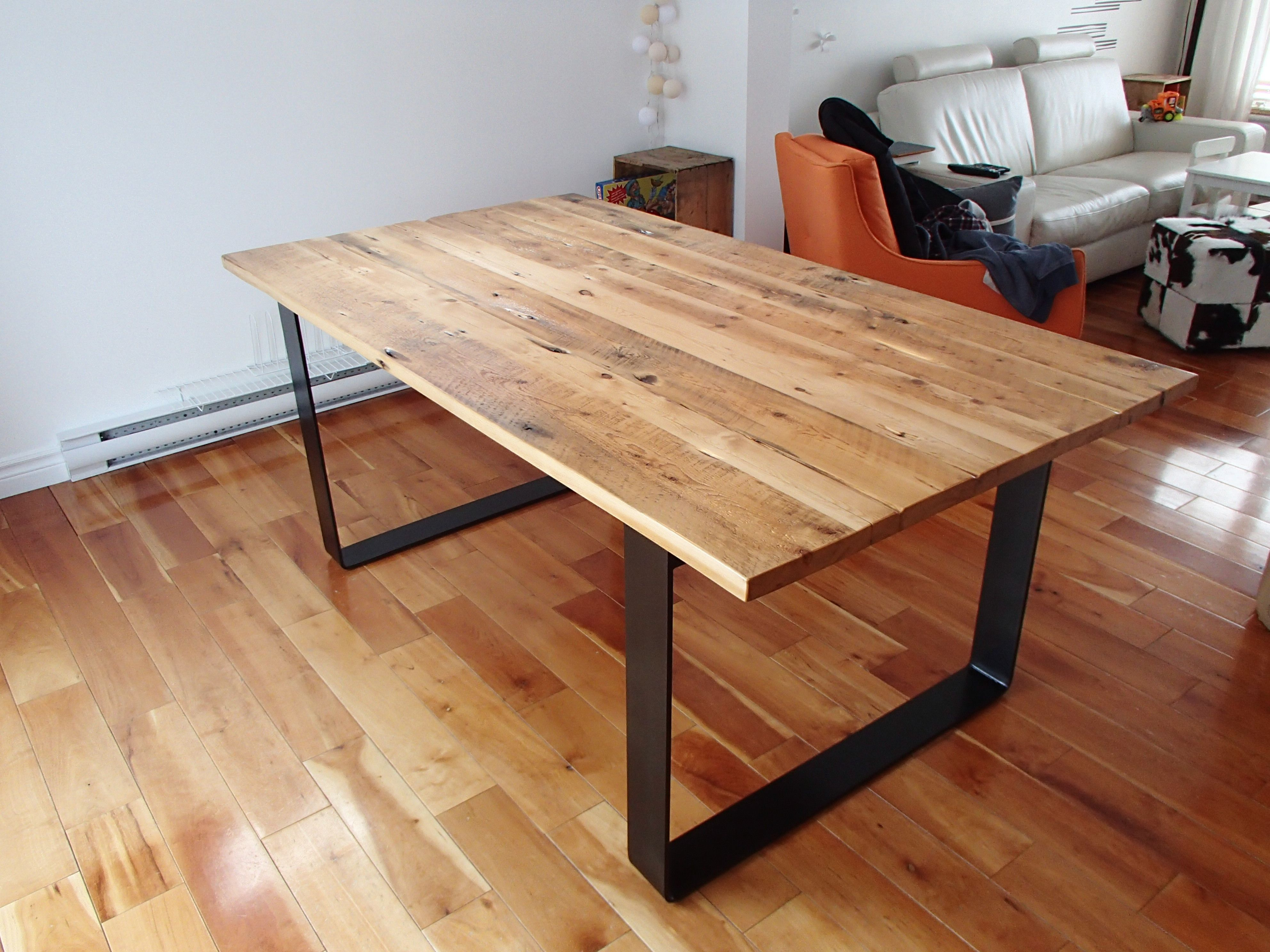 collection industriel table bois de grange et acier recycl table pinterest table bois. Black Bedroom Furniture Sets. Home Design Ideas