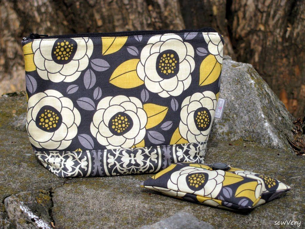 Teardrop Bag Zipper Pouch & Tissue Holder