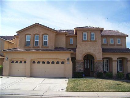 9237 Fruited Plain Way Elk Grove Ca 95624 400 000 3929 Sq Ft Junior Downstairs Suite 24 Minutes Estate Homes California Homes Dream House