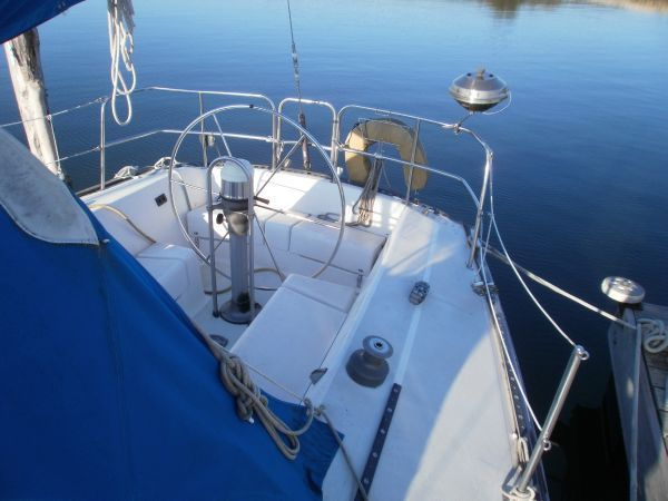 The S2 built in Michigan by Slickcraft. The 10.3 Metre represents a 34 foot version.
