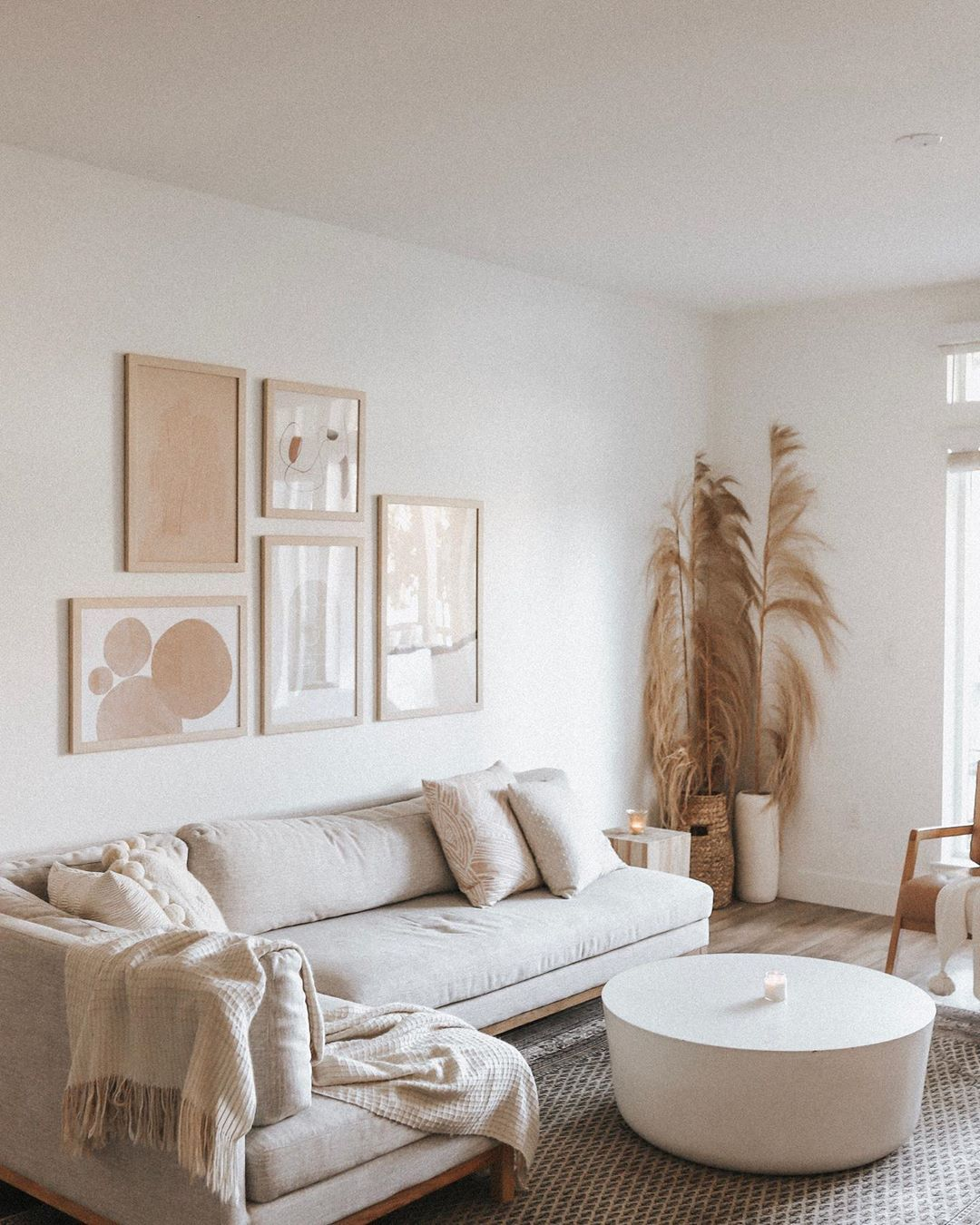 Gallery Wall In California Home With Minimal Modern And Scandinavian Style Including Pampas Gr In 2020 Living Room Inspiration Interior Define Sofa Neutral Living Room