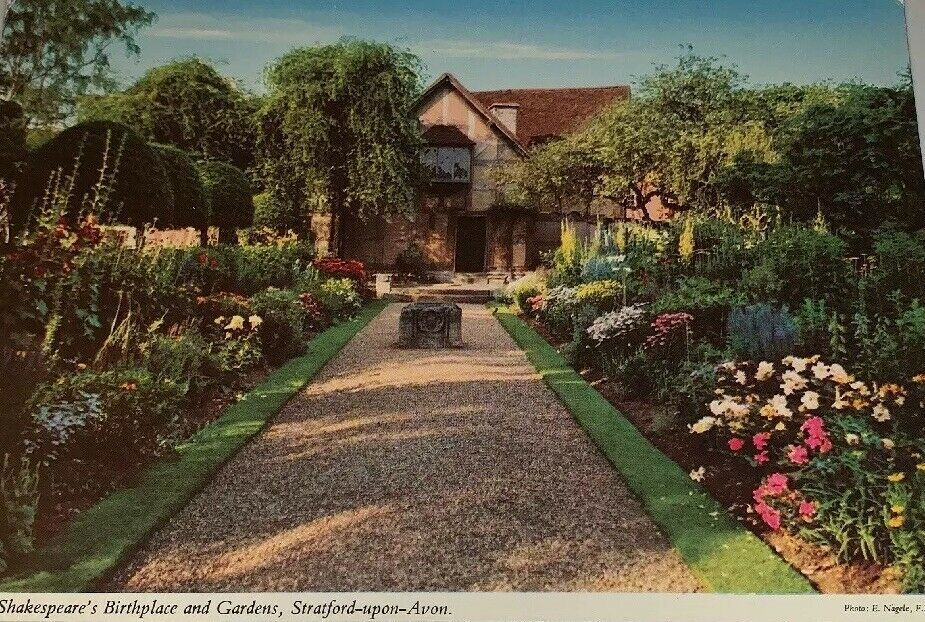 Rear Of Shakespeares Birthplace Gardens Stratford Upon Avon Vintage Postcard Ebay In 2020 Shakespeare S Birthplace Vintage Postcard Stratford Upon Avon