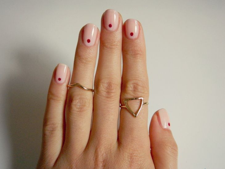 Love From Lisa Nails Of The Week Simple Dot Minimal Nails Art Minimal Nails Minimalist Nails