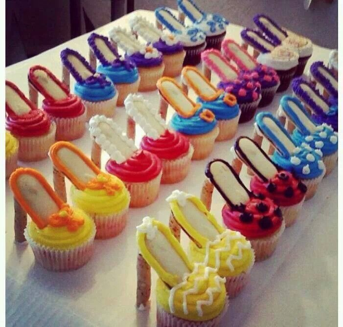 High Heel Cupcakes! Oooh La La Recipe Birthdays, Cake ...