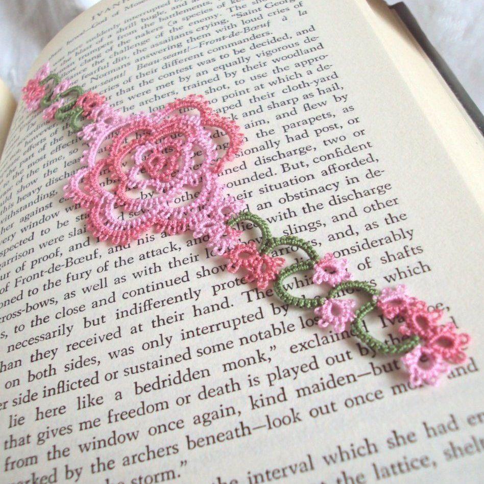 White rose bookmark in tatting - Rosa version 2 **Please allow 2 ...