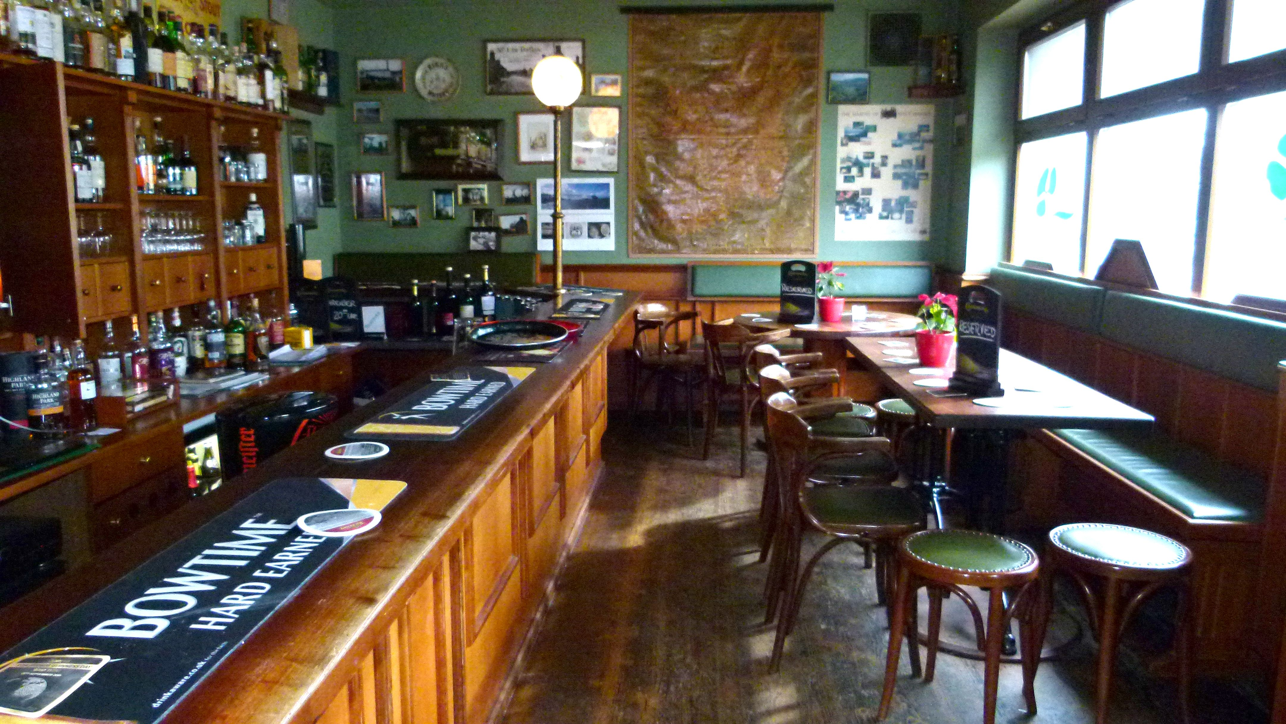 Irish Pub Wikipedia 3 17 Pinterest # Muebles Pub Irlandes