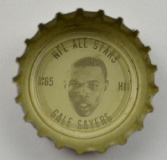 Coca Cola NFL All Stars King Size Bottle Cap - 1965 Gale Sayers