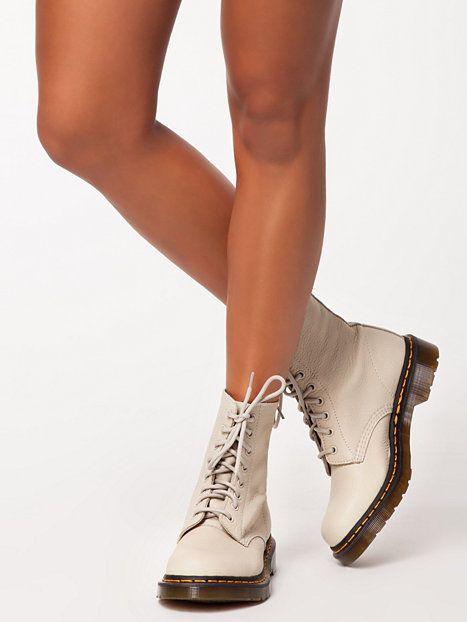 5796648b4d6 Dr.Martens #Pascal #Ivory #ShoeBeDo | Dr.Martens | Boots, Shoes ...