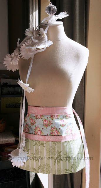 Utility Aprons cute!  Love this pattern!