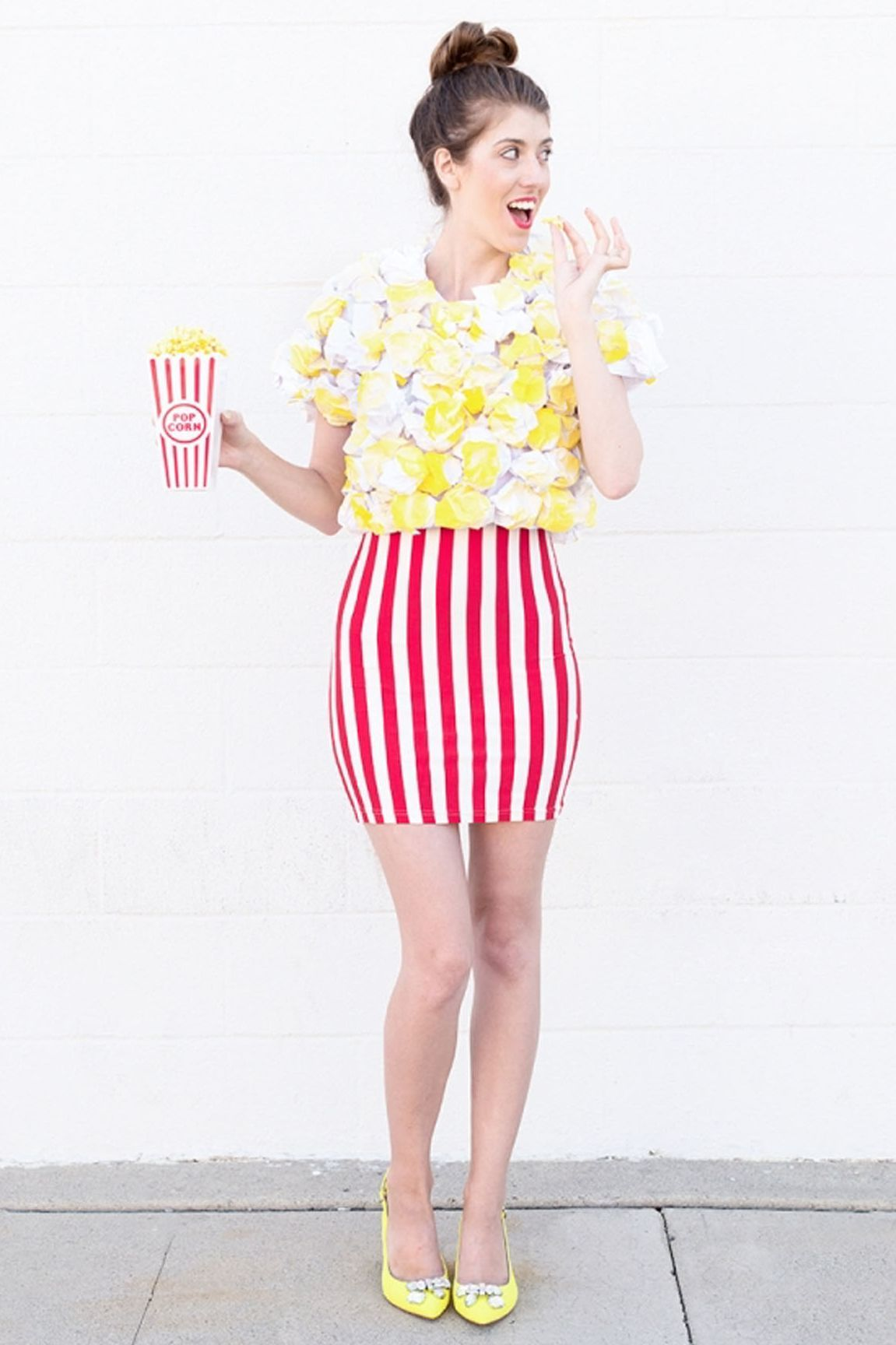 Do It Yourself Halloween Costumes For Adults.Procrastinators These Last Minute Halloween Costume Ideas Are Just For You Diy Halloween Costumes Easy Halloween Costumes Women Creative Popcorn Halloween Costume