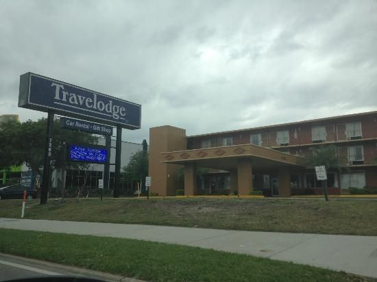 Travelodge Orlando International Drive Orlando, FL 32819. Upto 25% Discount Packages. Near by Attractions include convention center Orlando, Lake Buena Vista, Disney World. Free Parking and Free Wifi internet. Book your room and start saving with Secure Reservation. see more:- www.travelodgeorlandoidrive.com