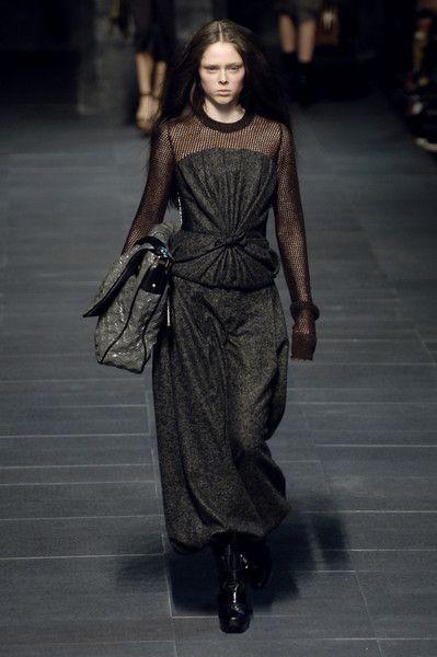 Louis Vuitton at Paris Fashion Week Fall 2006 - Runway Photos