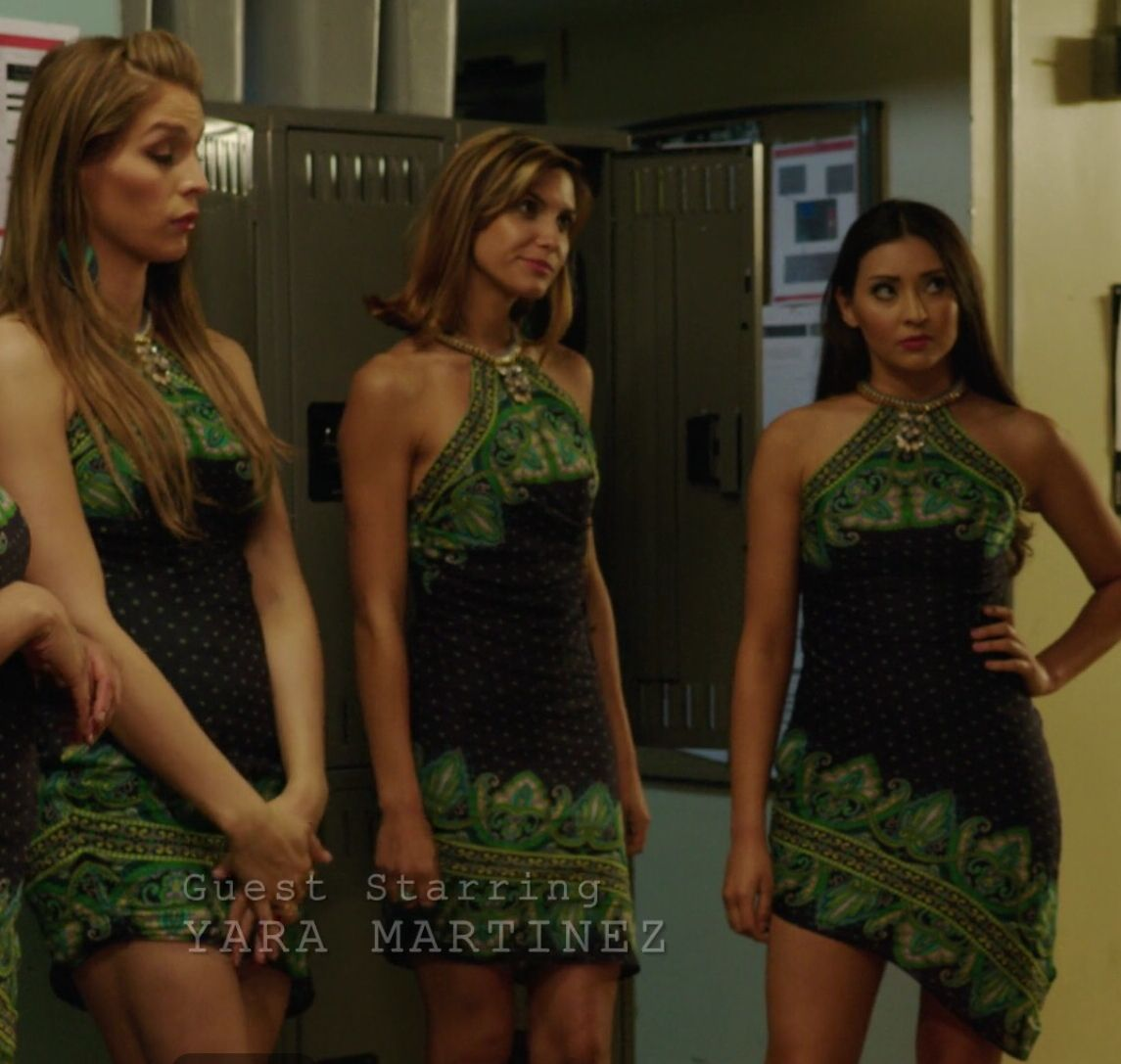 Image result for jane the virgin waitress dresses | 34g | Pinterest