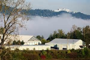 Foggy Willamette River overlooking Oaks Amusement Park and historic Roller rink.