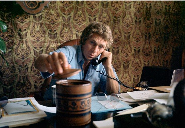 style 2013 05 steve mcqueen mcqueen at desk 1970