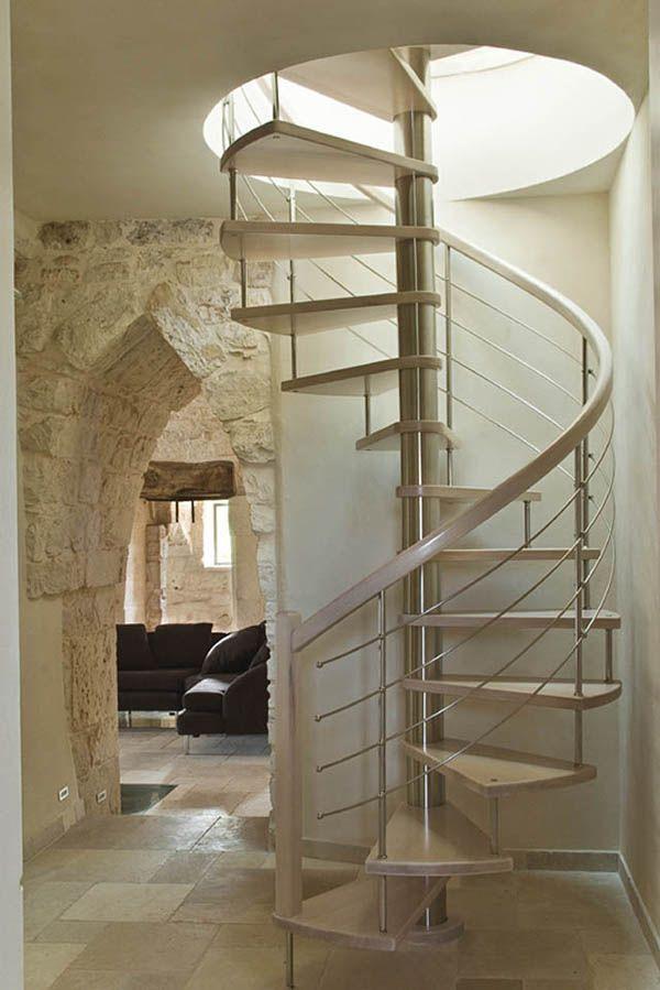 Escalera caracol dise o blanca bonita de madera y hierro - Escaleras blancas ...