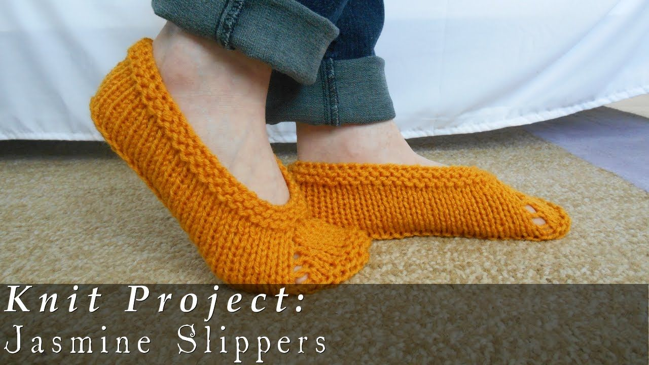 How to tie slippers with knitting needles