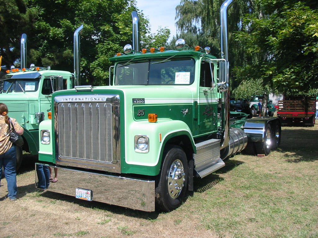 International harvester eagle 4300 11 image
