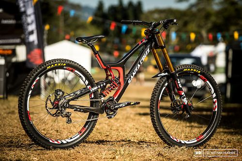 24 Custom Painted Dh Bikes At Cairns World Champs 2017 With
